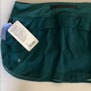 lululemon athletica Skirts - NWT Lululemon Hotta hot skirt skirt dz 10